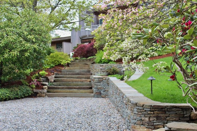 Spring Photo of Wellfleet Home Wall and Steps